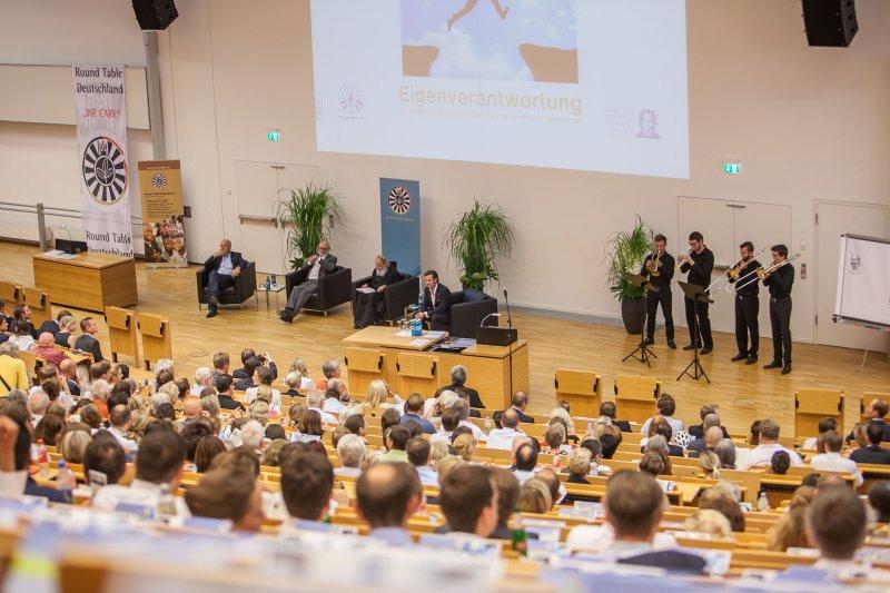 Benefizsymposium Eigenverantwortung am 16. Juli 2015 an der Goethe Universität Frankfurt - Bild 03