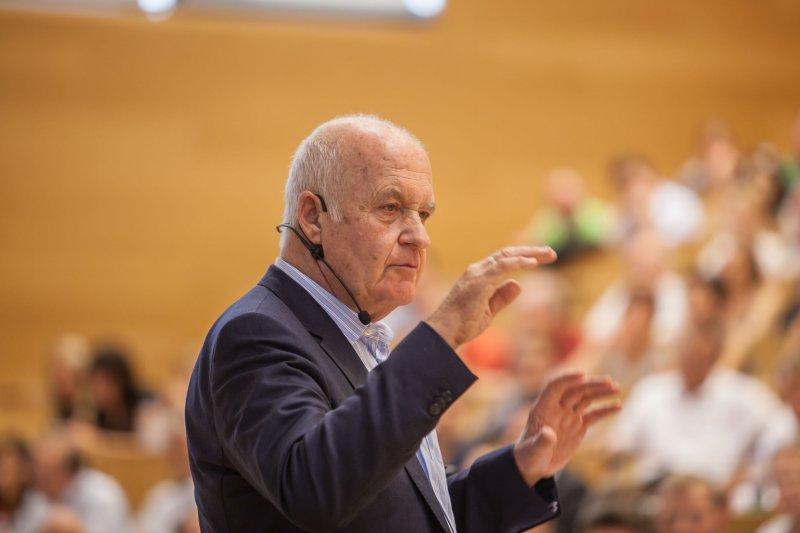 Benefizsymposium Eigenverantwortung am 16. Juli 2015 an der Goethe Universität Frankfurt - Bild 07