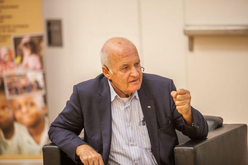 Benefizsymposium Eigenverantwortung am 16. Juli 2015 an der Goethe Universität Frankfurt - Bild 18